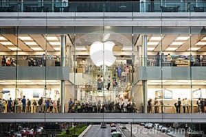 apple-store-hong-kong-china-march-city-center-march-hong-kong-china-very-popular-worldwide-brand-name-34787121